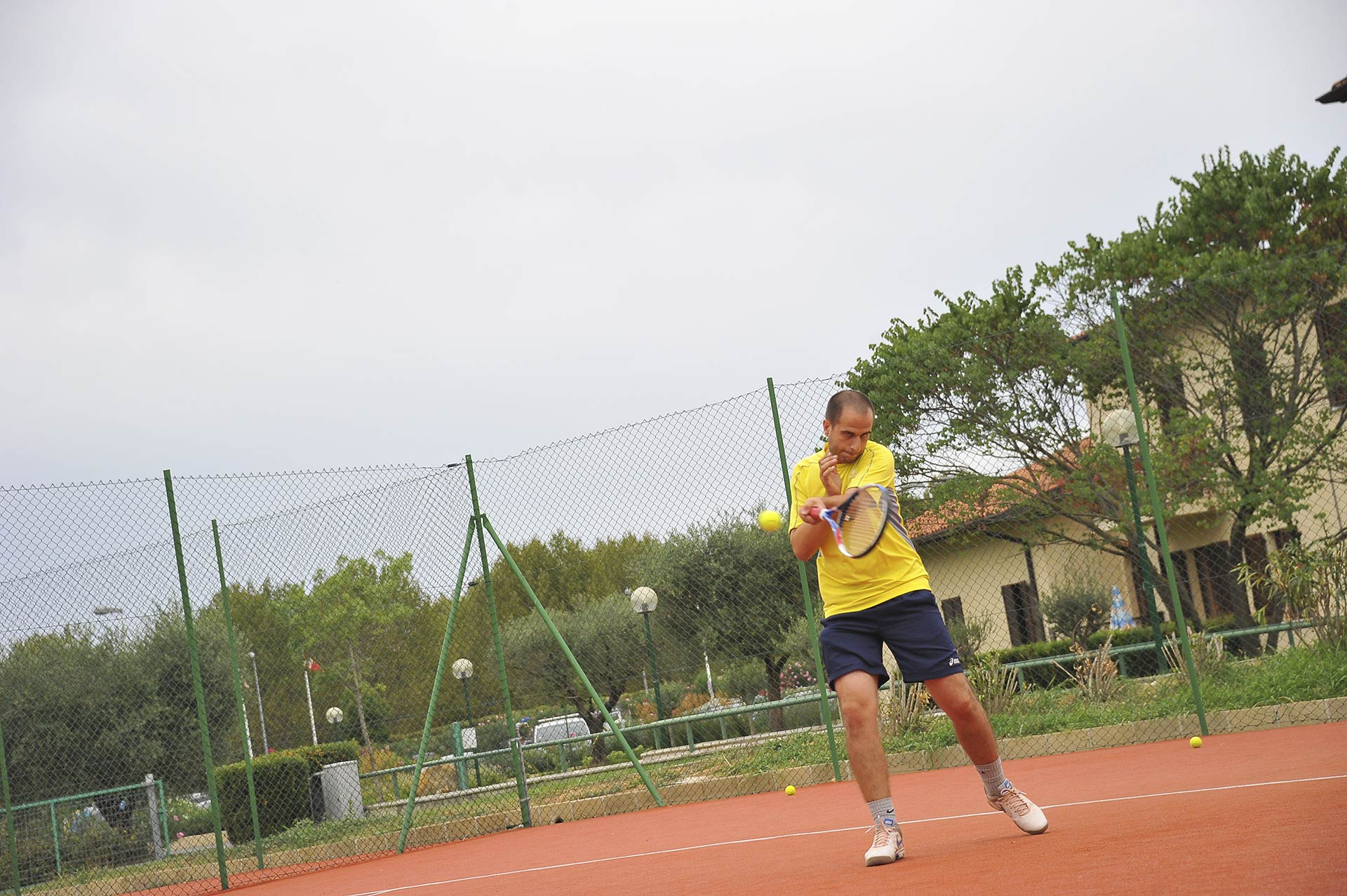 the-garda-village-tennis-01